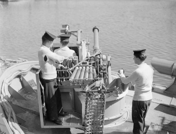 Gunners in a battleship in World War Two